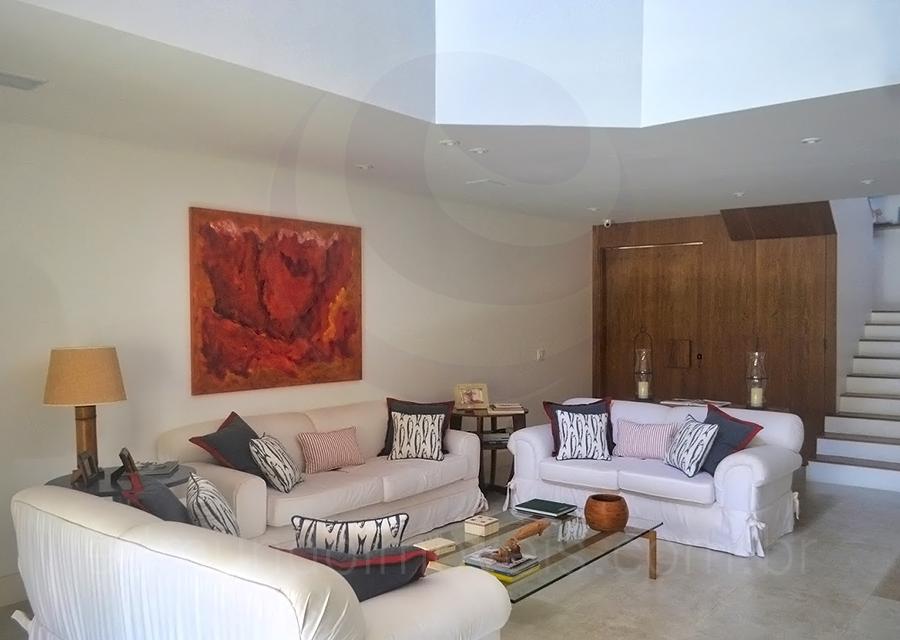 Casa 1048 – Living Room