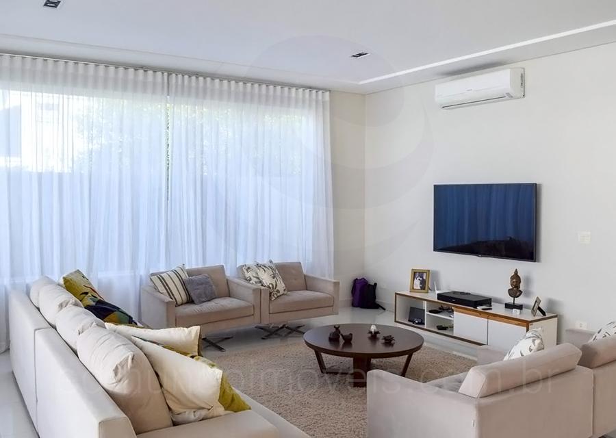 Casa 818 – Living Room